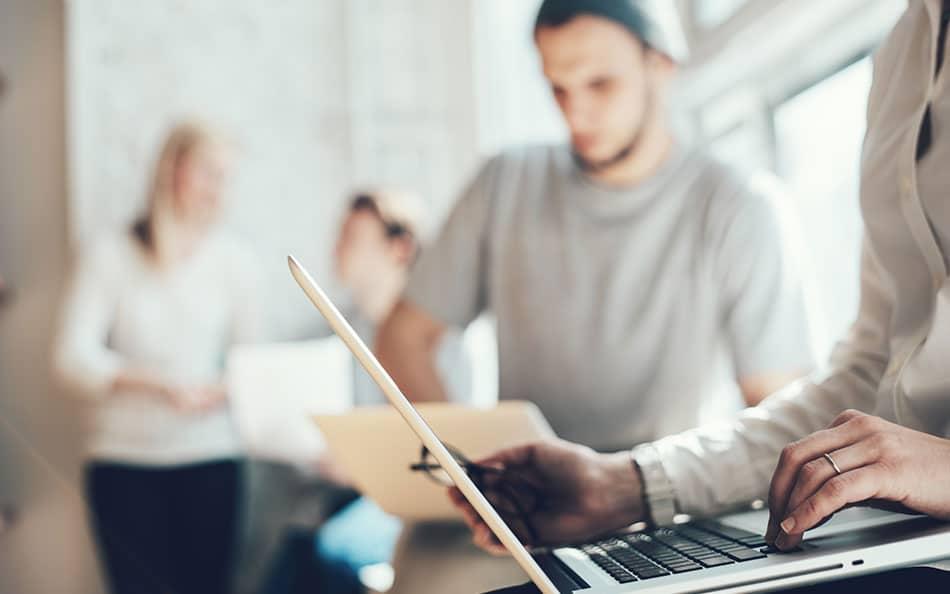 Notation des entreprises par les salariés : risques et opportunités